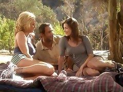 Hardcore, Outdoor, Threesome