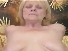 Blonde, Granny